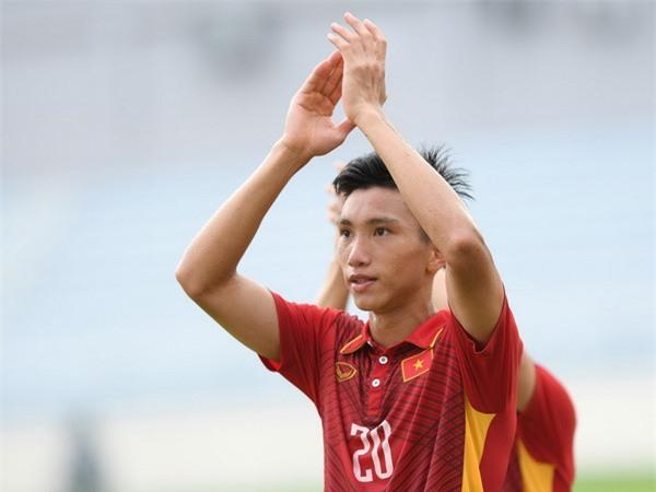 Đoàn Văn Hậu khoác áo 4 cấp độ đội tuyển gồm U18, U20, U22 và Đội tuyển Việt Nam trong năm 2017.