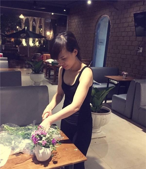 Chân dung người chị dâu cùng tuổi, cùng sành điệu và xinh đẹp của ca sĩ Hồ Ngọc Hà - Ảnh 8.