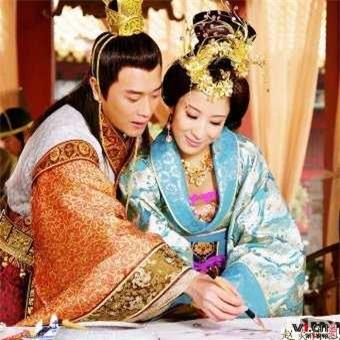 Hoàng đế Trung Hoa và mối tình kỳ lạ với người bảo mẫu già - Ảnh 3.