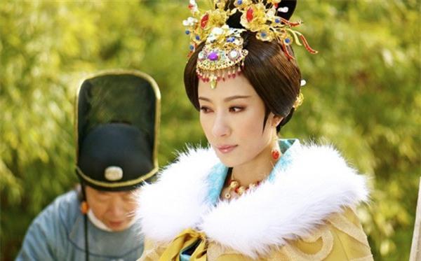 Hoàng đế Trung Hoa và mối tình kỳ lạ với người bảo mẫu già - Ảnh 4.