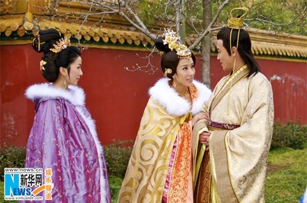 Hoàng đế Trung Hoa và mối tình kỳ lạ với người bảo mẫu già - Ảnh 5.