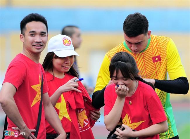 CLB Hai Phong ky luat Dang Van Lam, sa thai Le Sy Manh hinh anh 2