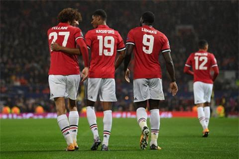 Fellaini, Lukaku, Rashford tỏa sáng mang về chiến thắng cho M.U