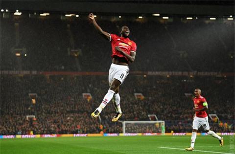 Lukaku tỏa sáng với bàn nâng tỷ số lên 2-0