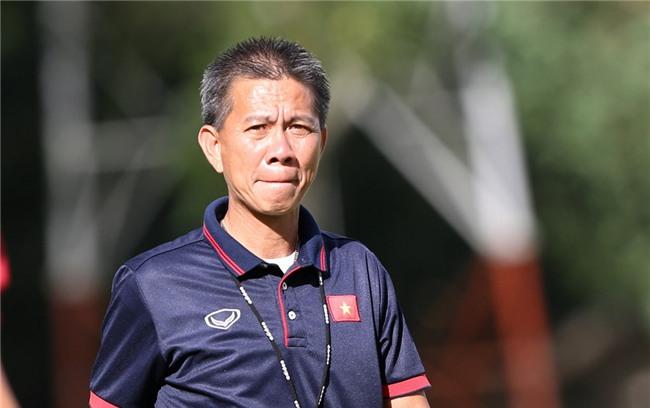 Chiều 12/9, HLV Hoàng Anh Tuấn đã cho các học trò rèn sút penalty để chuẩn bị cho các lượt trận ở vòng knock-out.