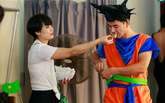 Vi sao vo Xuan Bac lai chap nhan dung sau lam cai bong cua chong?