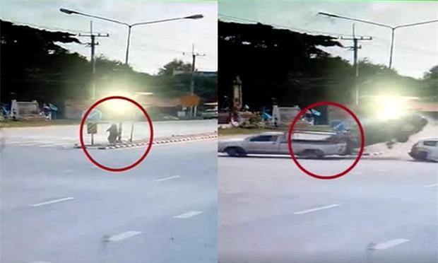 Ô tô điên tông liên hoàn 2 chiếc xe khác, người phụ nữ đứng ngay bên đường sống sót kỳ diệu - Ảnh 3.