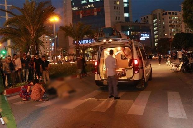 Hà Nội: Cô gái trẻ đi xe đạp bị xe bồn cán tử vong trên đường Phạm Hùng - Ảnh 1.