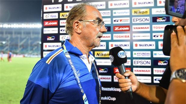Hai huấn luyện viên lão luyện người Đức muốn ngồi ghế nóng ở đội tuyển Việt Nam - Ảnh 3.