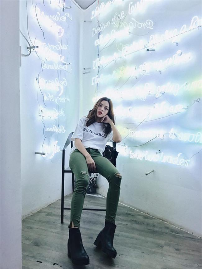 Kỳ Duyên, Khánh Linh The Face đọ hàng hiệu trong street style tuần qua - Ảnh 11.