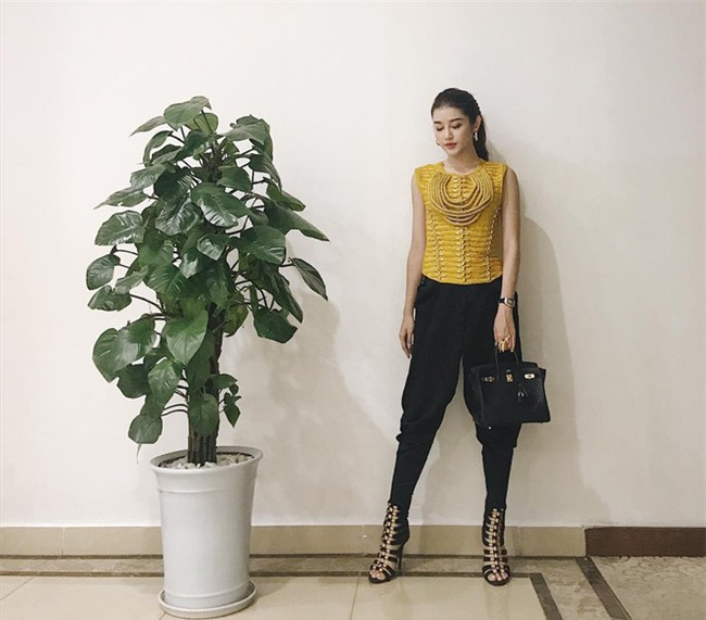 Kỳ Duyên, Khánh Linh The Face đọ hàng hiệu trong street style tuần qua - Ảnh 14.