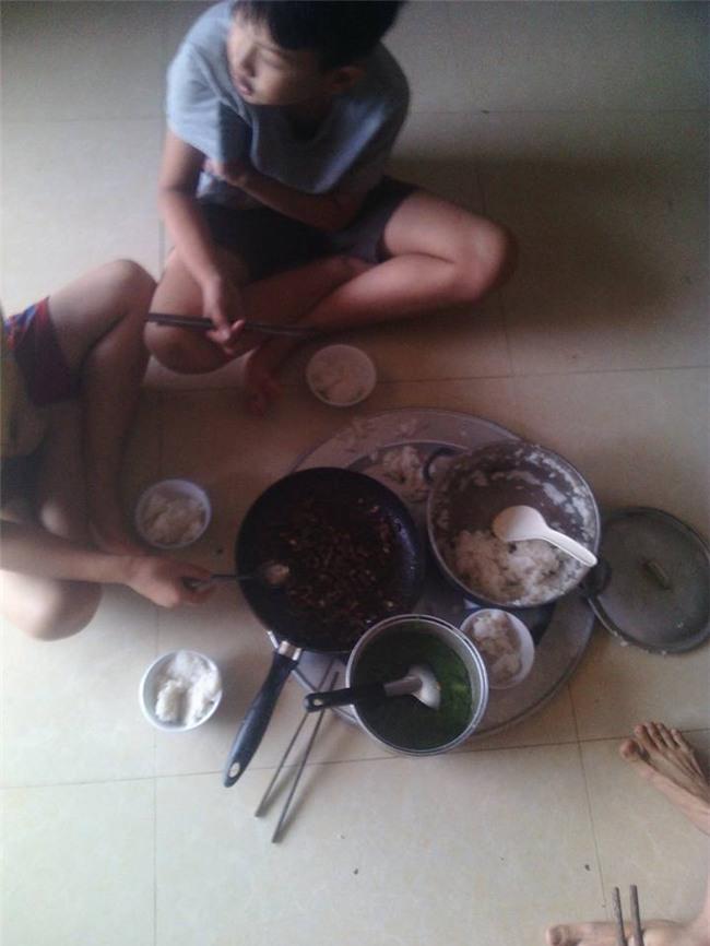 bua com dam bac ngay bao khien bao nguoi rung rung thuong ve mien trung - 2