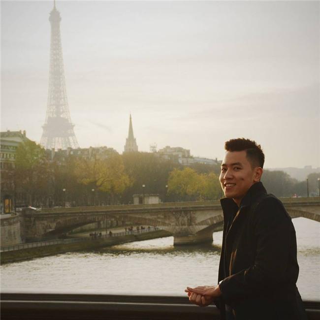 Cơ trưởng đẹp trai nhất Việt Nam khoe giọng hát cực ngọt khiến hội chị em đứng hình-4