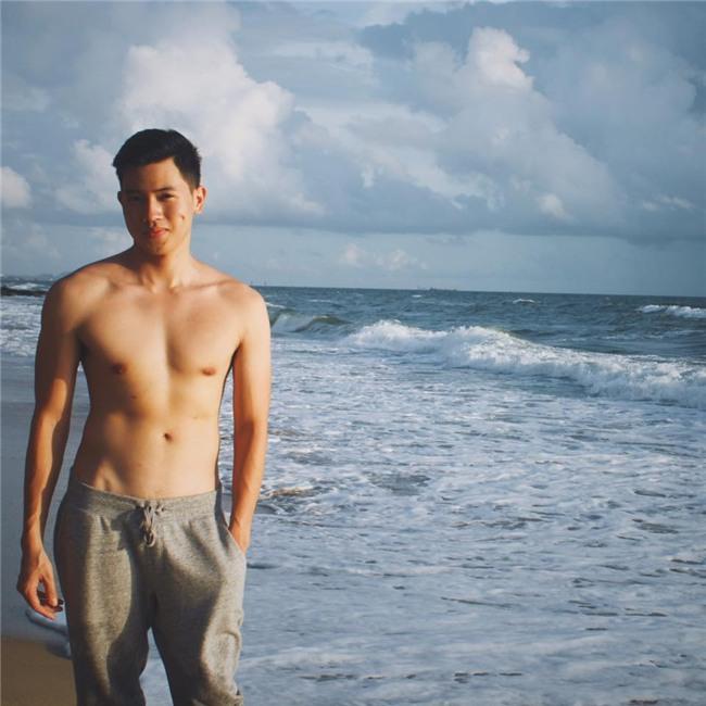Cơ trưởng đẹp trai nhất Việt Nam khoe giọng hát cực ngọt khiến hội chị em đứng hình-6