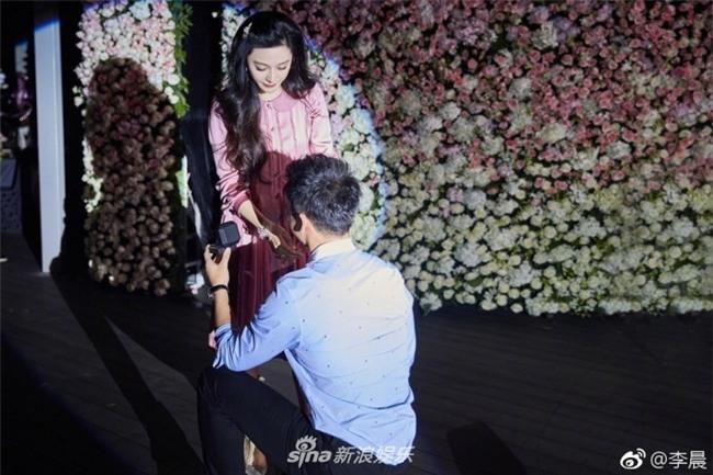 HOT: Cuối cùng Lý Thần cũng cầu hôn Phạm Băng Băng thành công sau 2 năm hẹn hò-3