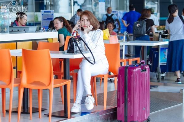 Độc Quyền: Ái tình khắc khoải, Linh Chi chọn cách ra nước ngoài đón sinh nhật trong đơn côi-3