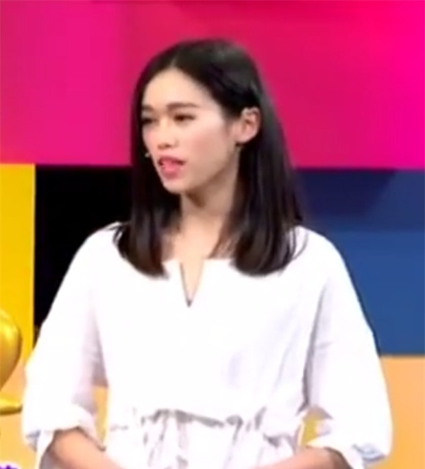 Cô nàng gầy gò được người yêu dỗ ăn bằng túi Louis Vuitton, lý do ẩn sau khiến mọi người ngã ngửa - Ảnh 2.