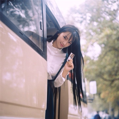 Trên mạng đẹp vạn người mê, nhan sắc ngoài đời của loạt hot girl này khiến ai cũng... ngã vật-4
