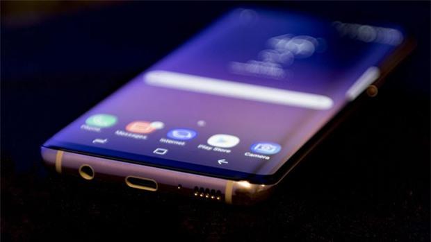 7 công nghệ mà Apple đã học hỏi từ smartphone Android để tích hợp lên iPhone X - Ảnh 4.