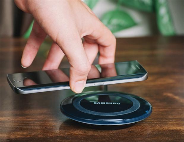 7 công nghệ mà Apple đã học hỏi từ smartphone Android để tích hợp lên iPhone X - Ảnh 5.