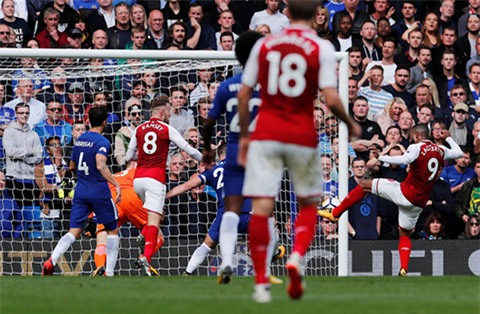 Cơ hội của Ramsey gần cuối hiệp 1