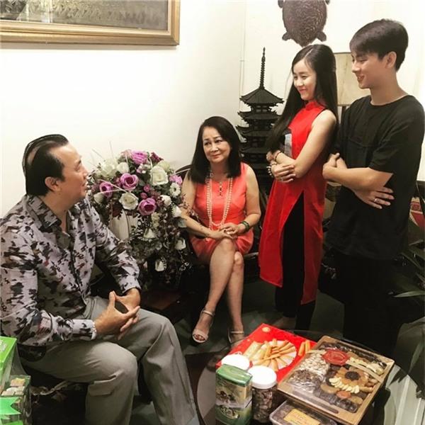 Hoài Lâm từng đến nhà Bảo Ngọc để xin cưới nhưng vẫn chưa được gia đình cô đồng ý. - Tin sao Viet - Tin tuc sao Viet - Scandal sao Viet - Tin tuc cua Sao - Tin cua Sao