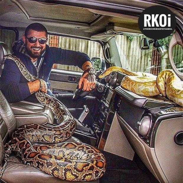 Các tiểu thư, công tử giàu có Thổ Nhĩ Kỳ phô bày cuộc sống giàu có trên Instagram khiến người xem choáng ngợp - Ảnh 10.