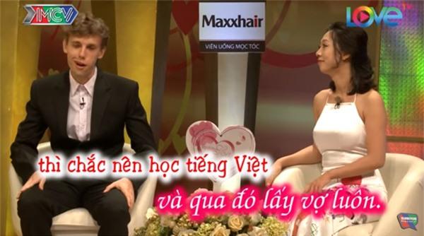 Phát sốt với cặp vợ Việt - chồng Tây siêu hạnh phúc trong Vợ chồng son-6