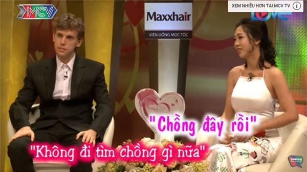 Phát sốt với cặp vợ Việt - chồng Tây siêu hạnh phúc trong Vợ chồng son-8