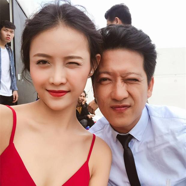 Trường Giang vẫn đi quay phim cùng Trương Mỹ Nhân, giữ im lặng sau nghi vấn say xỉn dẫn đến va quẹt xe hơi - Ảnh 3.