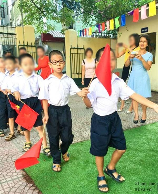 """nguoi me ha noi mat 2 nam day con bai nao hieu tu """"ban"""", 3 nam cung con hoc nhai - 8"""