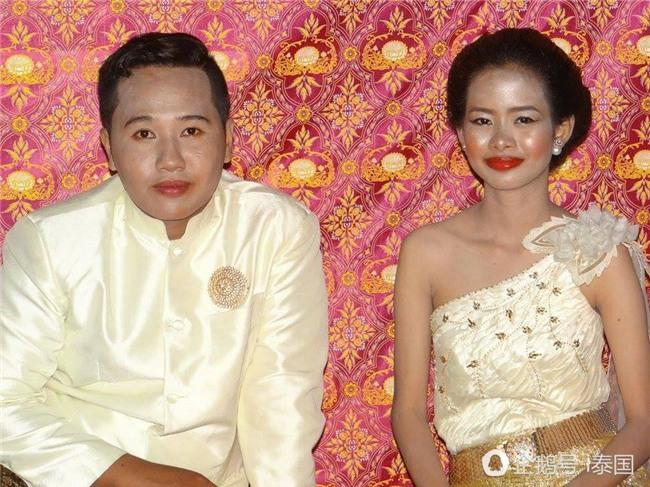 "nhung co dau om han vi bi ""dim"" khong thuong tiec trong dam cuoi cua chinh minh - 6"