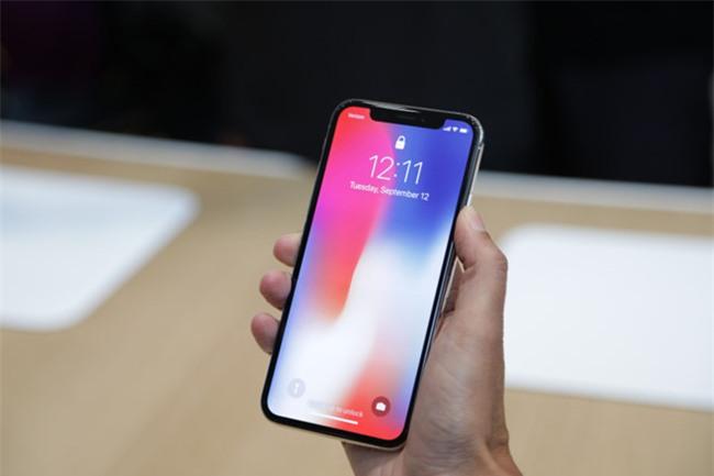 Tim Cook: 'iPhone X dang gia 999 USD' hinh anh 1