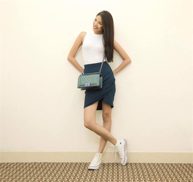 3 mẫu túi Chanel cổ điển với sức hút vượt trời gian khiến phái đẹp Việt không thể không mê - Ảnh 14.