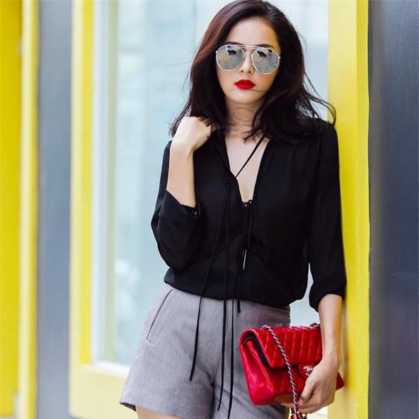 3 mẫu túi Chanel cổ điển với sức hút vượt trời gian khiến phái đẹp Việt không thể không mê - Ảnh 4.