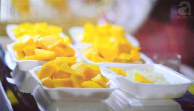 9 món ăn đến Thái Lan mà không thử thì phí cả chuyến đi - Ảnh 11.