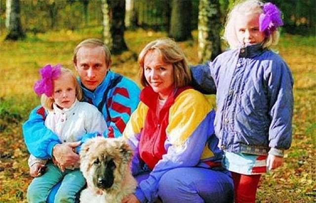 Hai cô con gái được giấu siêu kĩ của Tổng thống Nga Putin được bố mẹ nuôi dạy thế nào? - Ảnh 1.