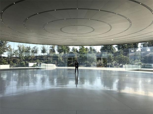 Không phải iPhone X, đây mới là sản phẩm Apple tự hào nhất năm nay - Ảnh 1.