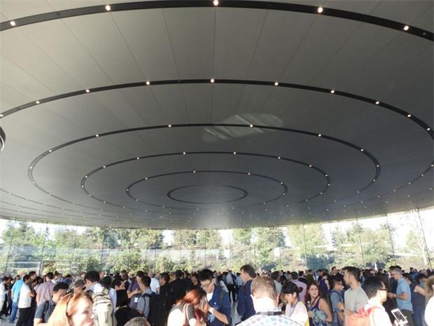 Không phải iPhone X, đây mới là sản phẩm Apple tự hào nhất năm nay - Ảnh 2.