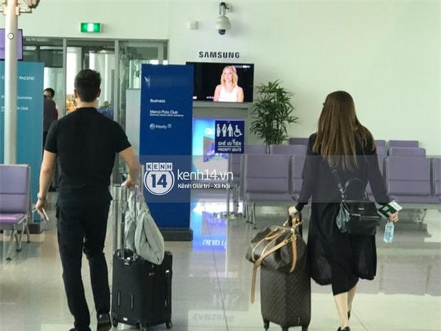 Vừa trở về từ Paris, Hà Hồ - Kim Lý tiếp tục bị bắt gặp diện đồ đôi cùng nhau lên đường sang New York - Ảnh 2.