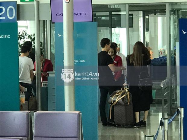 Vừa trở về từ Paris, Hà Hồ - Kim Lý tiếp tục bị bắt gặp diện đồ đôi cùng nhau lên đường sang New York - Ảnh 6.
