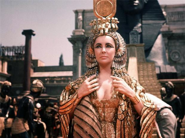 5 vũ khí bí mật mê hoặc đàn ông của Cleopatra - vị nữ hoàng quyền lực nhất Ai Cập cổ đại - Ảnh 2.