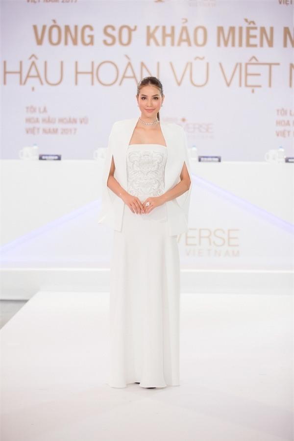 Dàn Hoa hậu - Á hậu thi nhau chiếm spotlight sao mặc đẹp trên thảm đỏ tuần này-5