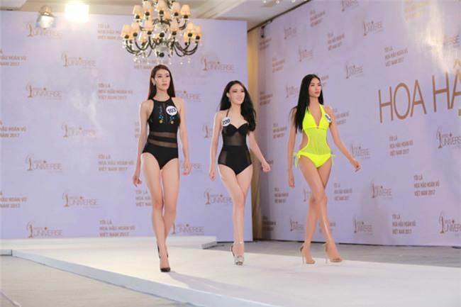 Hoàng Thùy catwalk xuất sắc, chặt đẹp dàn thí sinh Hoa hậu Hoàn vũ Việt Nam 2017-2