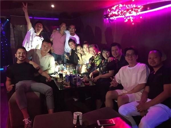 Những hội bạn thân quyền lực, giàu có của Vbiz - Tin sao Viet - Tin tuc sao Viet - Scandal sao Viet - Tin tuc cua Sao - Tin cua Sao