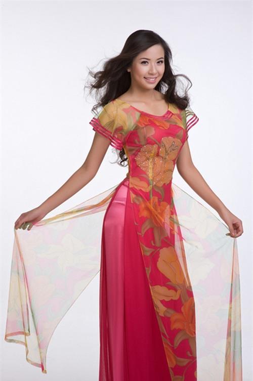 Đi thi Miss World, các người đẹp Việt thường chuẩn bị những kiểu áo dài như thế nào? - Ảnh 6.