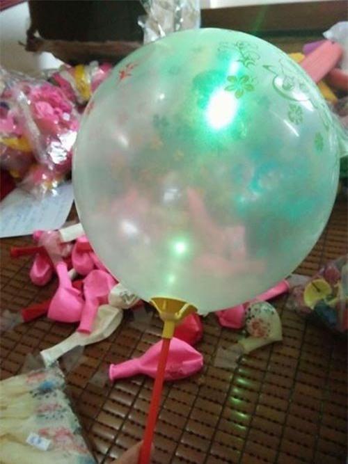 bóng bay phát sáng, đồ chơi Trung thu, đồ chơi Trung Quốc, đồ chơi ngoại nhập, đồ chơi Việt Nam