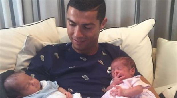 Một ngày nghỉ của Cristiano Ronaldo diễn ra thế nào? - Ảnh 3.