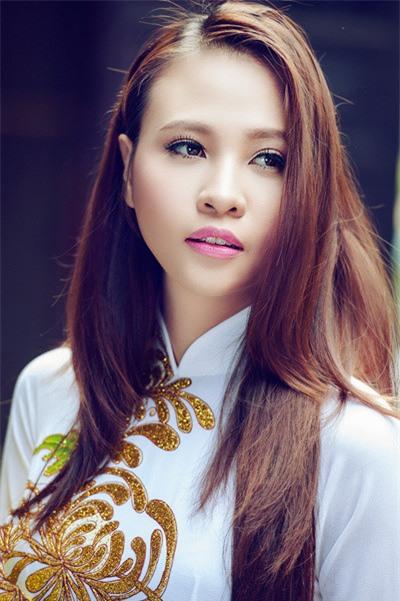 Nhan sac nguoi dep Tay vua chia se 'dinh hon' voi Cuong Do La hinh anh 11