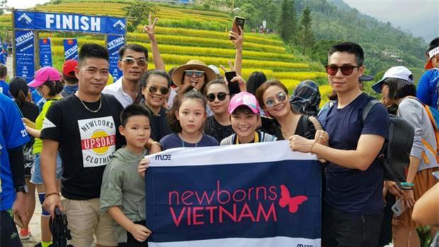 MC Thùy Dung và Á hậu Hoàng My hào hứng tham gia giải Vietnam Mountain Marathon 2017 tại Sapa - Ảnh 1.